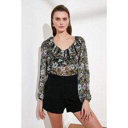 Trendyol Green Flywheeing Blouse