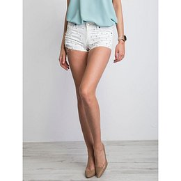 Women´s white shorts with pearls