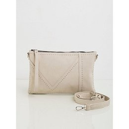 Light beige women´s handbag with studs
